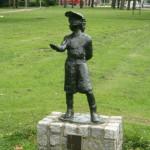 Boefje, beeld op het Ammanplein Rotterdam door Tineke Slingerland-Nusink